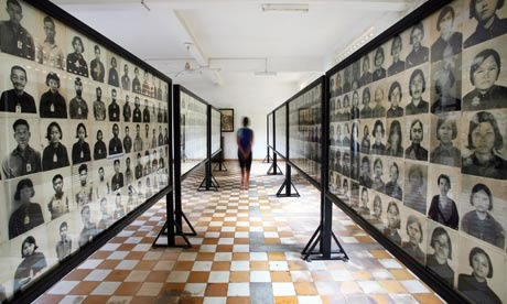 The Killing Fields & Choeung Ek Memorial